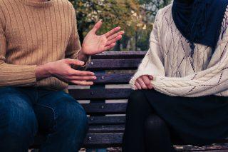 これでもう安心!女性との会話が続かないときに使える5つのテクニック!